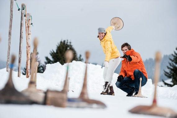 Eisstockschießen – Ferienwohnungen Eckart in Altenmarkt-Zauchensee