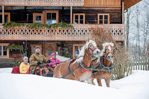 Pferdeschlittenfahrten – Ferienwohnungen Eckart in Altenmarkt-Zauchensee